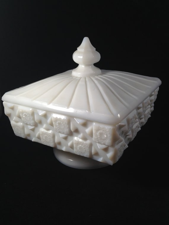 Westmoreland Milk Glass Candy Dish Old Quilt Pattern Marked W