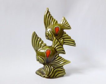 Vintage Trentham pottery fishes #499. Rare 1970s olive green ceramic figurine. Retro orange/red spot. Glazed 70s kitsch angel fish sculpture