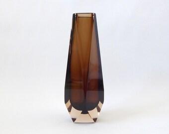 """8"""" Murano Mandruzzato multi-faceted vintage vase. Brown sommerso art glass, retro Italian. Cut faces square diamond. 1960s/1970s Mid century"""