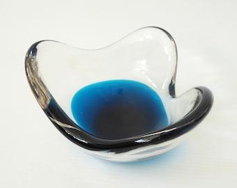 Vintage Whitefriars 9721 Kingfisher Blue bowl. Vintage 1969-1970 Geoffrey Baxter art glass. Mid century three-cornered triangular cased dish