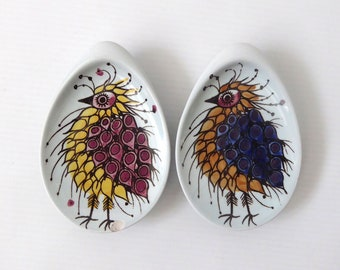 2 Beth Breyen Aluminia/Royal Copenhagen 'Crazy Bird' pin dishes. Tenera #1355 Modernist/mid century. Vintage 1960s. Danish egg-shaped plates