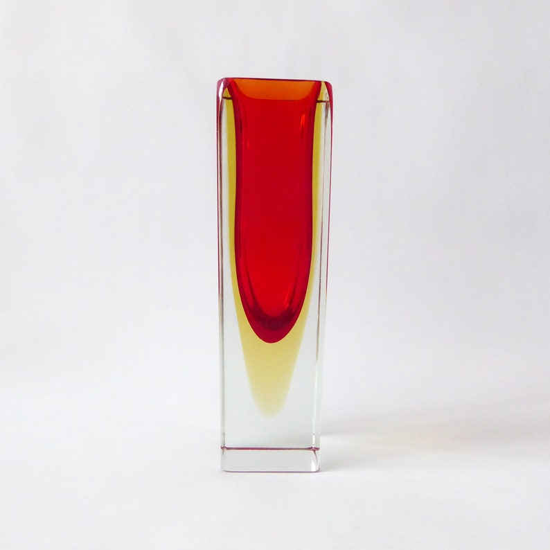 Murano Mandruzzato faceted vintage block vase. Red/amber image 0