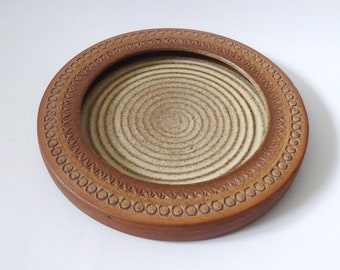 """10"""" Vintage Broadstairs Pottery large bowl dish. 1960s 1970s handmade, wheel thrown. Mary Dening, Dianne Sanders, David White. Round shallow"""