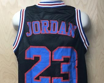 e112fc691fda Tune Squad Michael Jordan Jersey Basketball Uniform Movie Halloween Costume  Shirt 23  23 Player Toon Squad Cosplay Cartoon 90s MJ Gift Idea