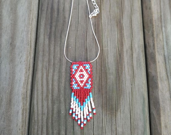 ETNIC NECKLACE PEYOTE stitch red and turquoise