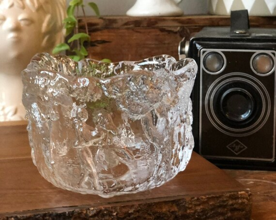 Kosta boda small crystal bowl by kjell Engman Rhapsody series 1980s midsummer glass plate