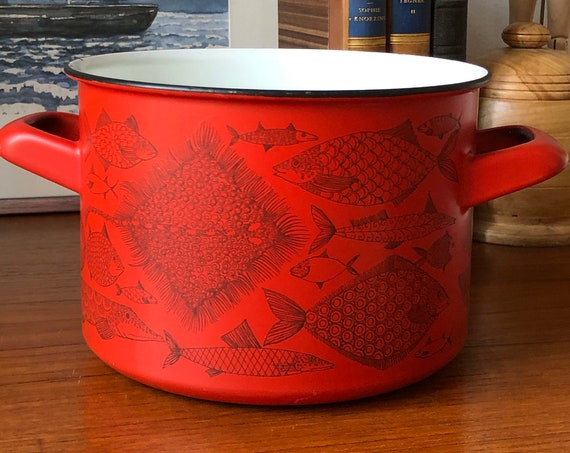 Finel pot sause pan from the Neptune series designed by Finel for Arabia Finland  retro midmod/kitchen Red Fish