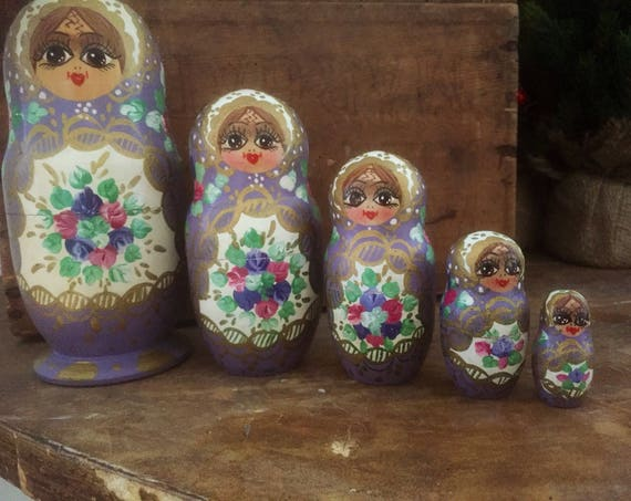 Vintage/Russian/nesting dolls/Mockba/Moscow/Matryoshka/hand carved/hand painted /wooden /shelfie/girls room/ parisian colors/ girly/toy
