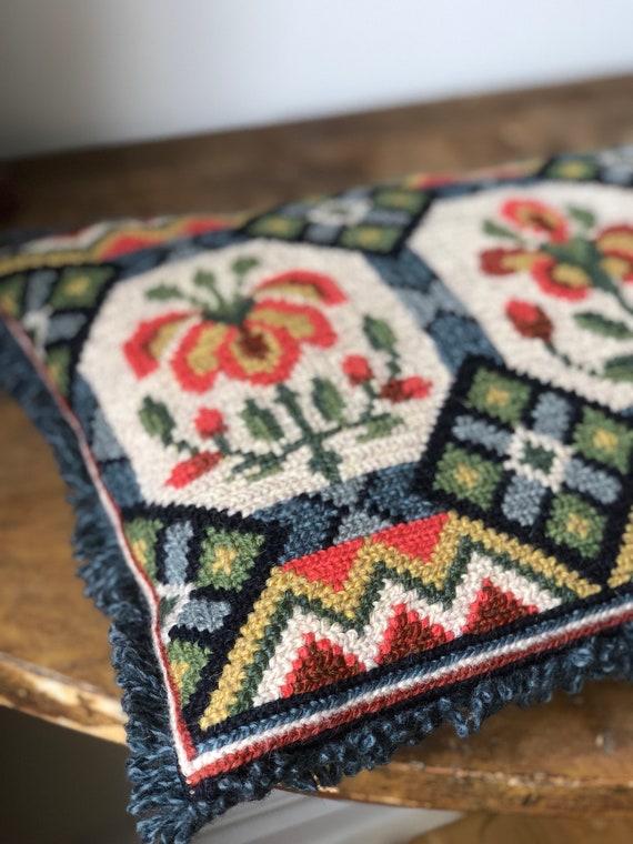 Embroidered Swedish Scandinavian folk art decorative pillow floral flowers twist stitch
