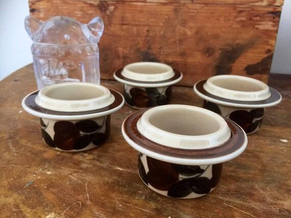 Set of 4/Arabia egg cups/Ulla Procope/