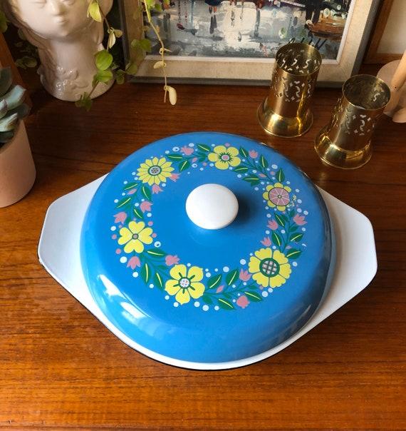 Kockums enamel pot blue with flowers on lid enamel retro midmod kitchen blue Sweden Scandinavia heavy casserole
