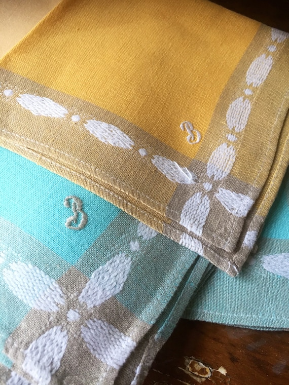 Vintage kitchen/table napkins/ monogrammed/ B / embroidered/napkins/turquois green /yellow orange/lot of 7 in different colors