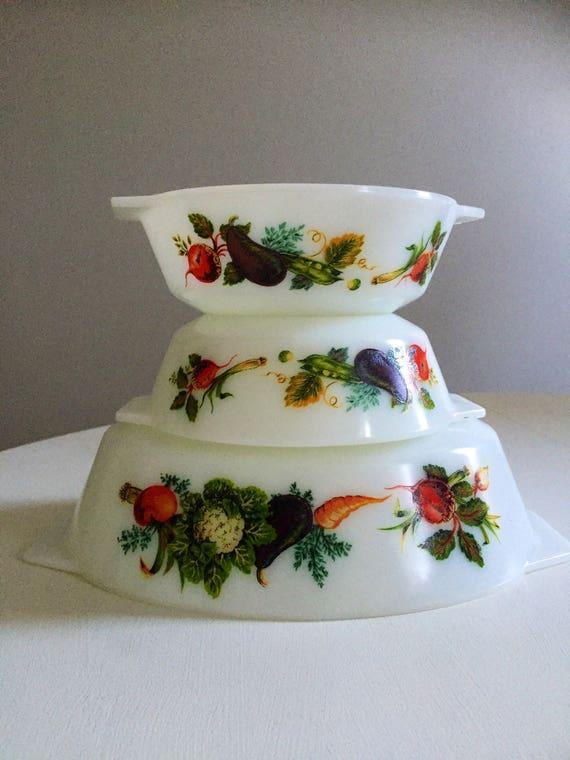 Set of 3/pyrex/serving bowls/tuscany/vegetable/pattern/market garden/1970s