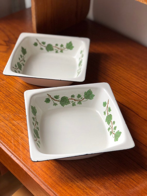 Vintage classic kockums dishes enamelware oven to table classic green ivy Swedish Scandinavian made in Sweden