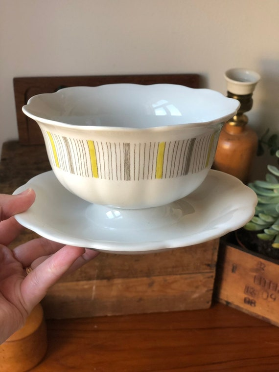 Swedish vintage Rörstrand bowl with attached plate tureen from the Stream series / yellow gray geometric rorstrand