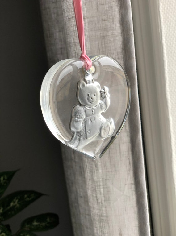 Crystal engraved sun catcher paper weight art glass  heart shaped teddy bear made Sweden Suncatcher