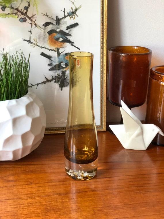 Åseda Bo Borgstrom vase Valhalla series amber / yellow handblown glass