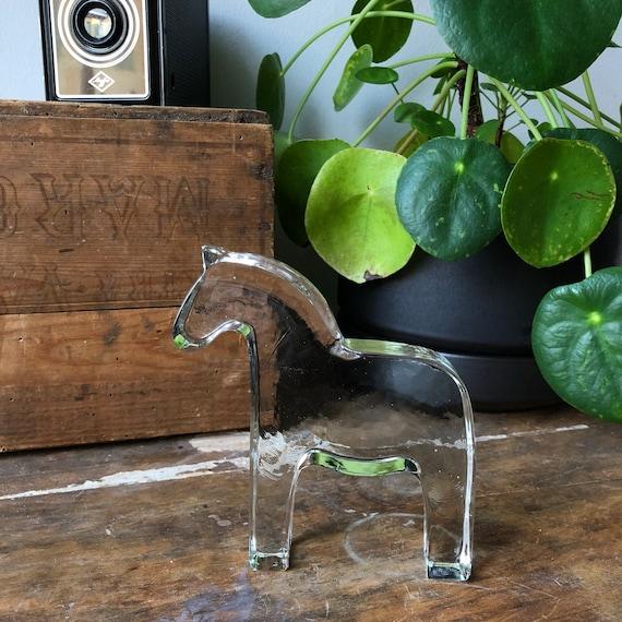 Swedish dalahäst dala horse glass figurine glassworks