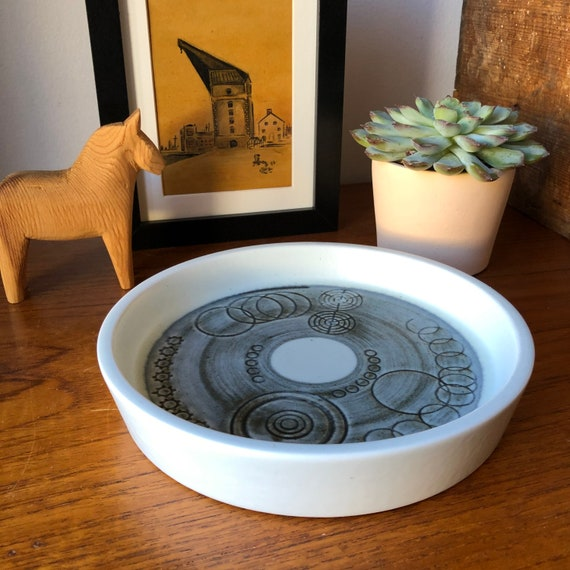 Vintage Rörstrand dish designed by Olle Alberius from the Sarek series 1960s