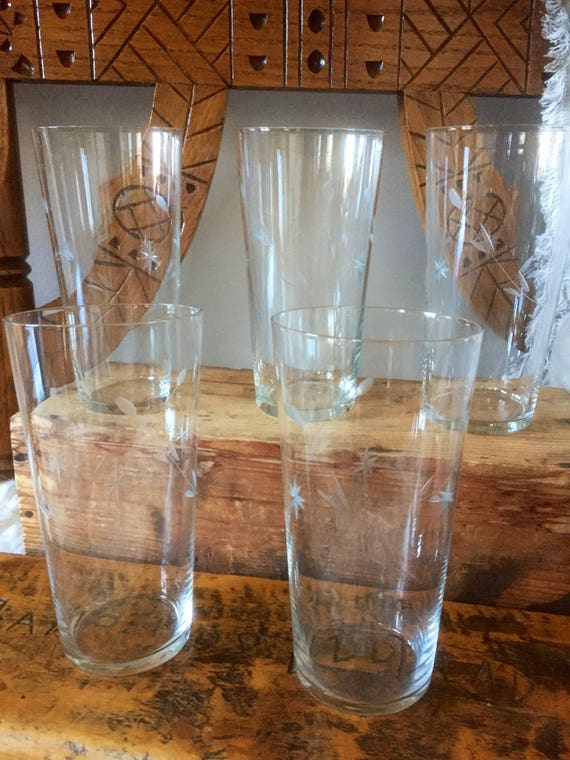 Victorian /antique/Scandinavian/handblown/glasses/set of 5/etched/glass