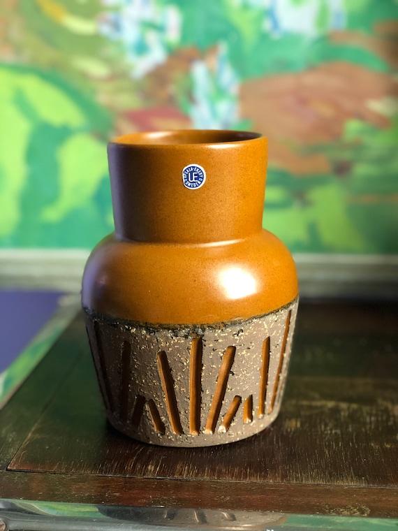 Upsala Ekeby ceramic vase designed by Mari Simmulson Tokyo series / Tokyo / Sweden