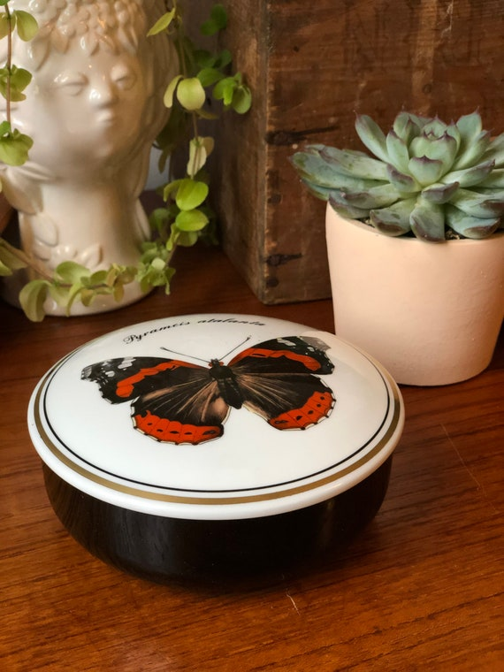Villeroy and Boch trinket dish with lid candy dish with lid butterfly WWF Heinrich Pyrameis Atalanta