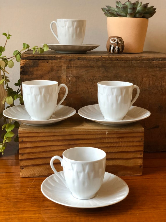 Vintage Swedish Karlskrona porcelain small tulip coffee espresso cups in white