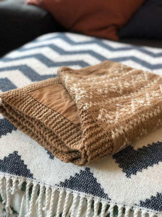 Vintage Scandinavian knitted boho baby blanket /cover pram crib cradle blanket earth tone colors / cotton lined print pattern