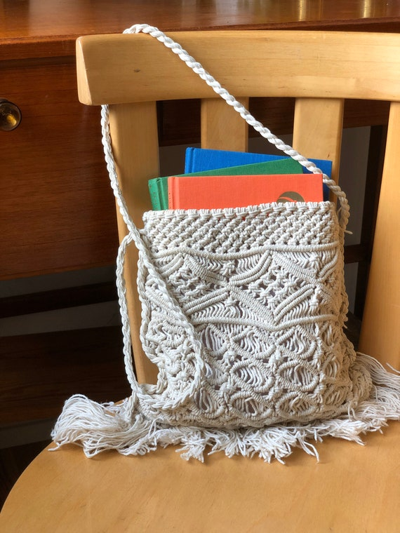 Boho bag crocheted market bag light cream purse macrame