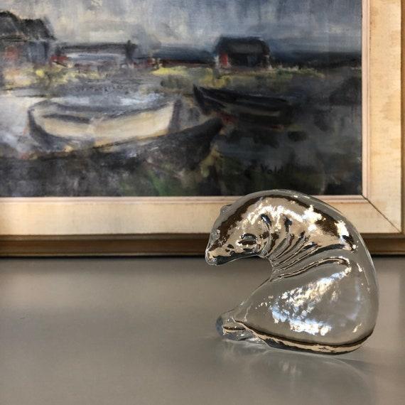Crystal glass seal sculpture figurine royal Krona Sweden designed by Mats Johansson  signed on bottom