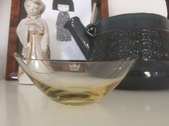 Older/kosta/candy /bowl/ yellow/glass/thin/midmod /design/1950s