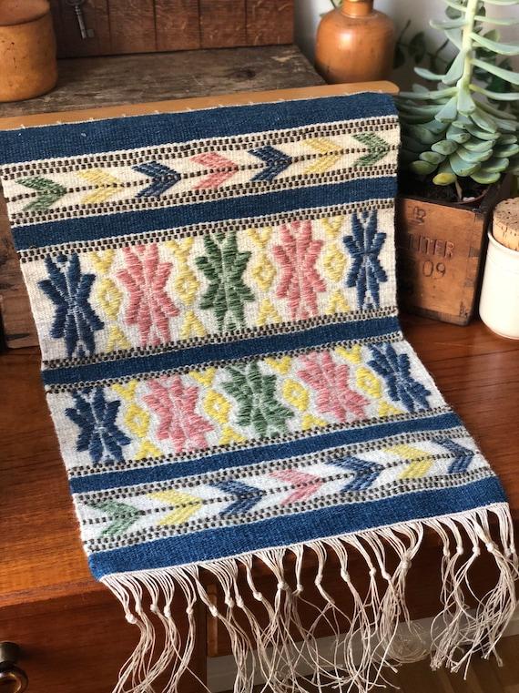 Handwoven tapastry kilim rug wool wallhanging nordic Scandinavian yellow blue green pink