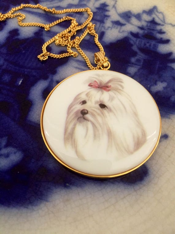 Adorable/cameo/shih tzu/dog/necklace/gold chinoiserie
