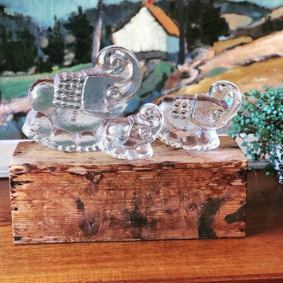 Set of elephants by Lars Hellsten for Skruf figurines  paperweights 1960s boho midcentury modern modernist