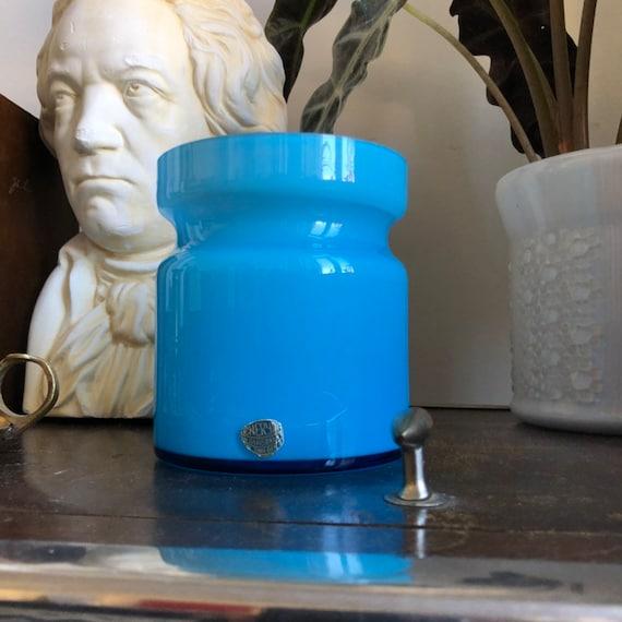 Scandinavian encased vintage handblown glass vase blue with white lining by Eneryd glassworks 1960s Sweden / Swedish cased glass