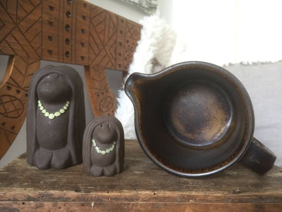 Vintage Ruska pictures Arabia designer Ulla Procope Finland / midmod tablesetting Finnish/midcentury modern/stoneware