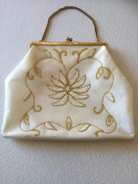 1960s/embroidered/purse/plastic/encased/nanna chic/granny chic/handbag
