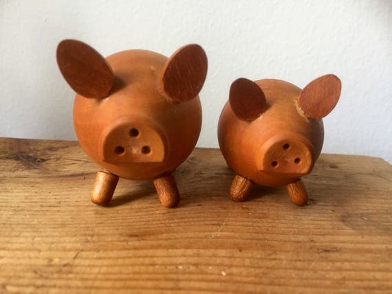wooden /pig /salt and pepper shakers/midcentury modern/vintage/hand carved/piggy