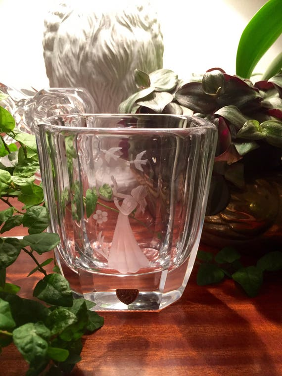 Orrefors signed Palmqvist 1950's vase in heavy crystal beautifully etched Scandinavian maiden among birds and flowers