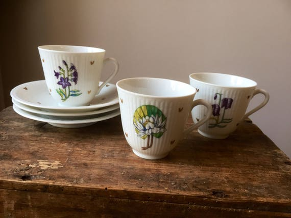 Set of three small coffee cups/ saucers/Swedish Grace/ Rörstrand/ 1950s/designed by Louise Adelborg/Provincial flowers