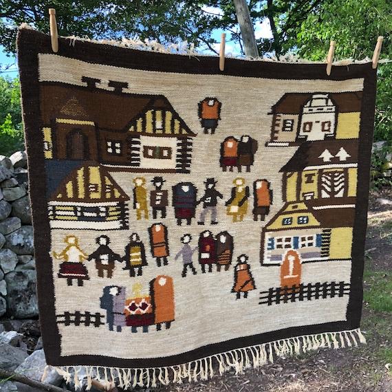 Boho thick Handwoven tapastry wool/wallhanging bohemian small rug village motif