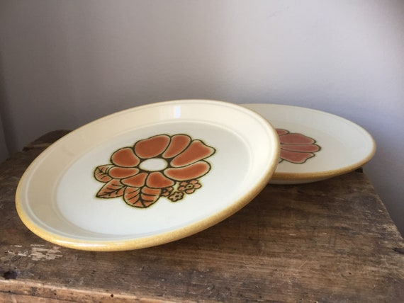 Retro Kilncraft dessert plates from the  festival series 1970s / set of 2
