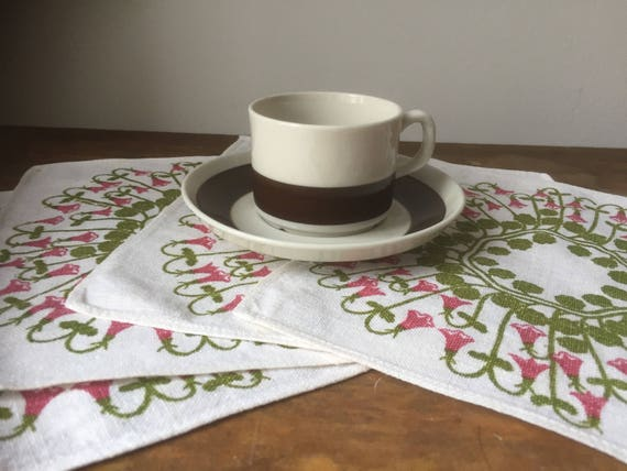 Vintage kitchen/table napkins/ Scandinavian/design Lene-Marie /napkins/flowers/handprinted in Sweden/Frösö