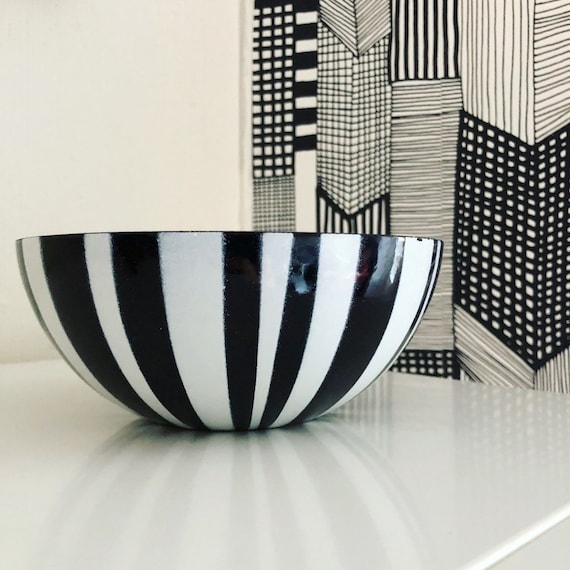 Kathrineholm bowl enamel retro midmod scandi kitchen Norwegian Scandinavian Norway  black and white