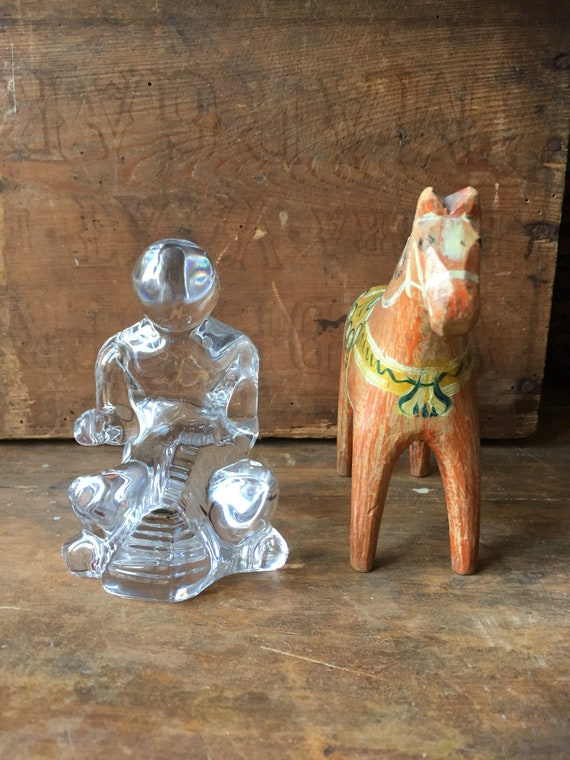 Crystal/tailor /figurine/paperweight/bookends/orrefors/1980s/midcentury/modern/modernist