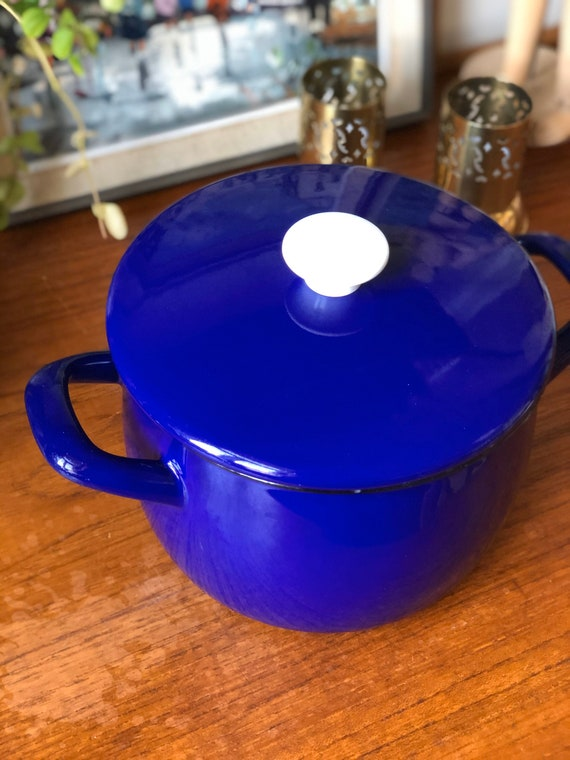 Kockums enamel pot blue with lid enamel retro midmod kitchen blue Sweden Scandinavia