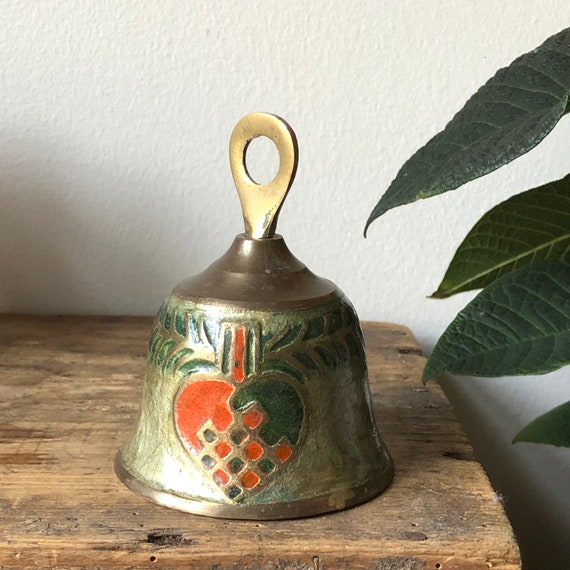 Cloisonné in brass Swedish Christmas bell gold Christmas heart motiff red green  chinoiserie decor Hollywood regency