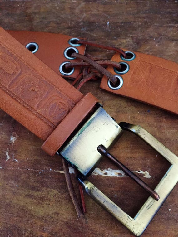 Tooled/leather/belt/brass buckle with patina/leather laced detail/ jacob/great 70s vibe/folk