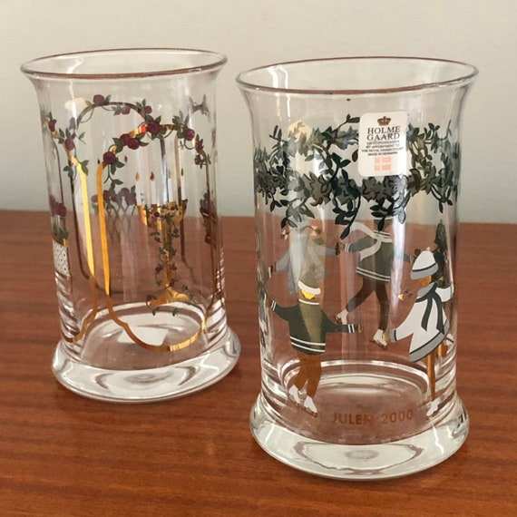 Holmegaard Christmas glasses green and gold Michael Bång Danish hand painted