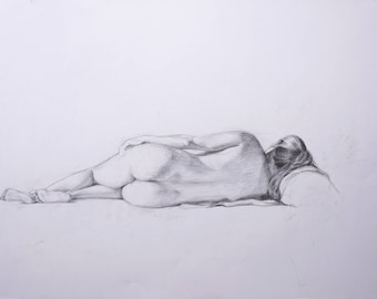 Naked women lying down from behind 9